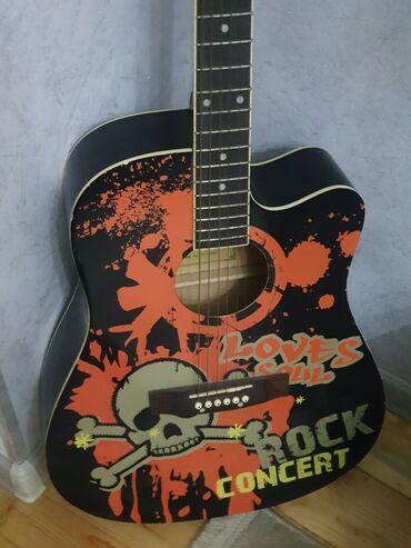 gitara akustik - Azərbaycan: Akustik Gitara, simləri yeni dəyişdirilmiş, Çantası da var
