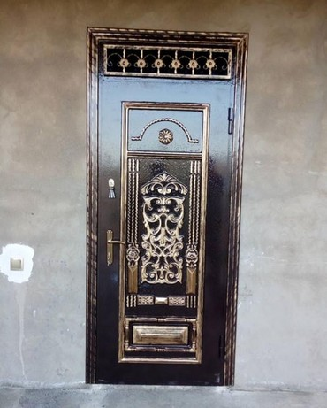 Белые двери - Азербайджан: Сейфовый двери