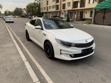Kia - Бишкек: Kia K 2 л. 2016 | 92000 км
