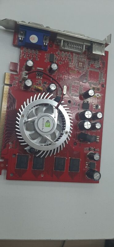 Продается видеокарта 1000сом! Модель:7300G8 PCI-E 256 MB DDR TV-Out DV