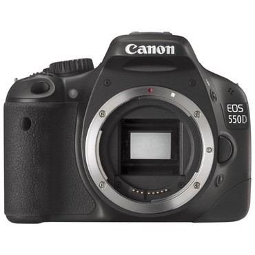 Canon EOS 550D body + qutu + original adapter + batareya 10k probeq в Bakı