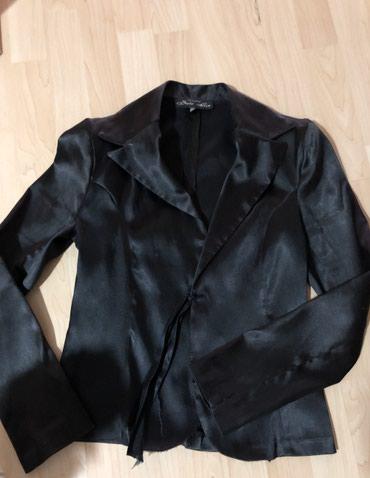 Ženske jakne | Nis: Na prodaju satenski ženski sako, velicine 38