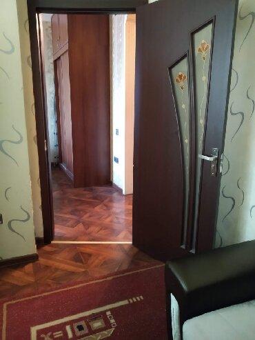 пленка на окна в Азербайджан: Продается квартира: 3 комнаты, 94 кв. м