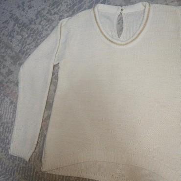 вязаное платье свитер в Кыргызстан: Свитер вязаный, отливает золотистым