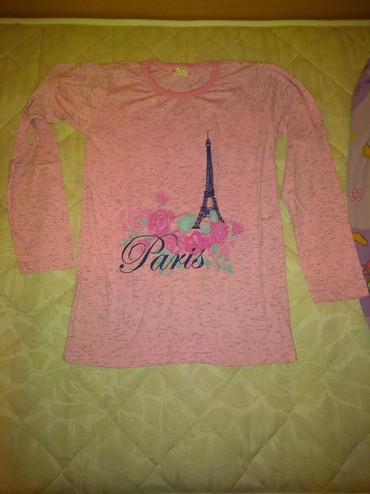 NOVA prelepa majica Pariz Veličina:14 - Belgrade