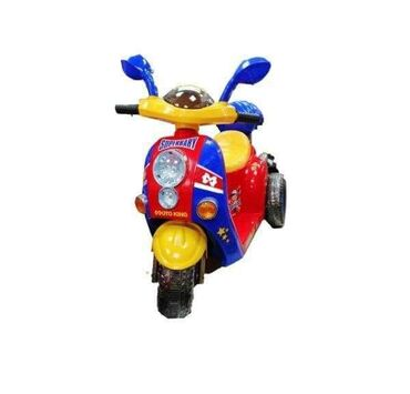 Dečiji električni automobili - Srbija: ️Motor na akumulator Vespa ️-Gas - pedala se nalazi ispod