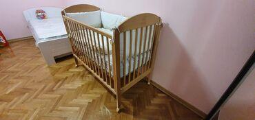 Kreveti - Srbija: Krevetac iz Akse, kupljen pre 2 godine.Dusek, posteljina bez, plava i