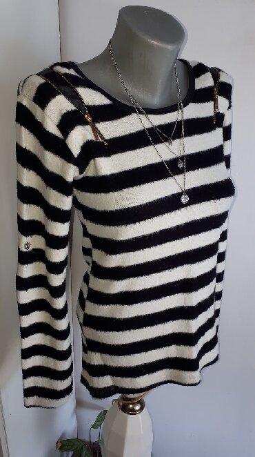 Košulje i bluze | Kraljevo: Bluzica crno bela S/M  Cupkasta, topla i veoma udobna moze biti i S i