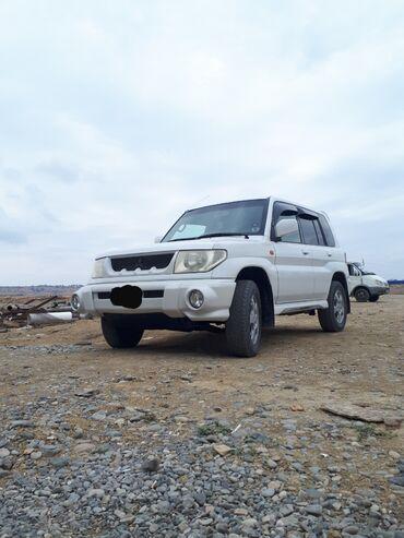 - Azərbaycan: Mitsubishi Pajero 1.8 l. 1999 | 192000 km
