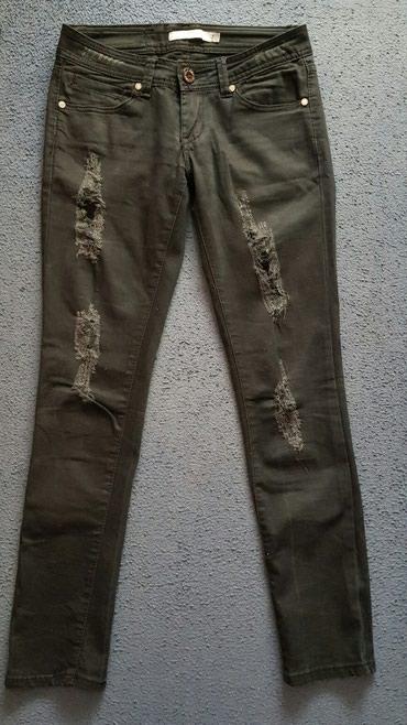 Crne skinny Anule pantalone od teksasa.Skroz uske iscepane..Jako - Krusevac