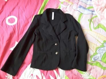 Школьный пиджак, брюки, юбочка. Все вещи на 1 и 2 класс. По 200 сом в Бишкек