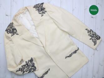 Женский пиджак с аппликацией    Длина:77 см Плечи: 49 см Рукав: 68 см