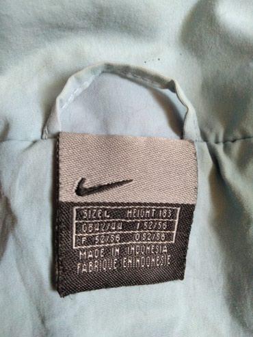 Original NIKE muška jakna,nošena ali u odličnom stanju.Vel.L,boja - Novi Sad