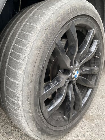 продам клексан в Кыргызстан: Срочно продаю шины на бмв Х5 и Х6 Перед 275/40/20 (bridgestone)Зад