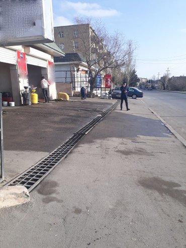 Bakı şəhərində Xətai rayonu, Nobel prospektində, Nargilənin yanında yol kənarında