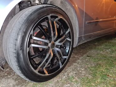 Audi q5 2 tfsi - Srbija: Audi 225.45.r18 cena 450€