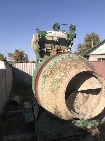 Услуги - Чаек: Продаю мини бетонный завод производительность 13куб час