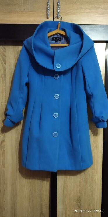 Кашемировое пальто в идеальном состоянии на не высокую ( до 160см)
