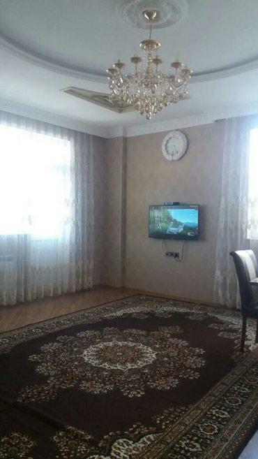 Bakı şəhərində Mənzil satılır: 3 otaqlı, 133 kv. m., Bakı