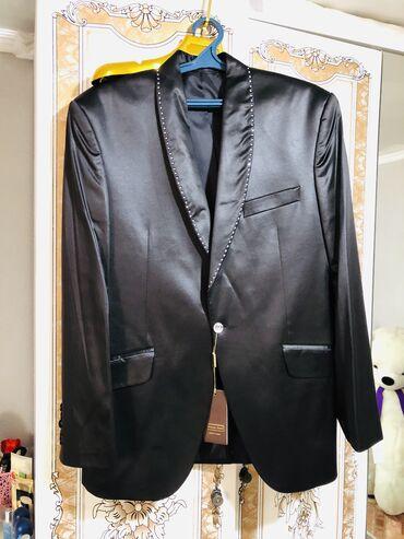 Продаю абсолютно новые костюм брюки !  Модель - Fernando ferro !  Цвет