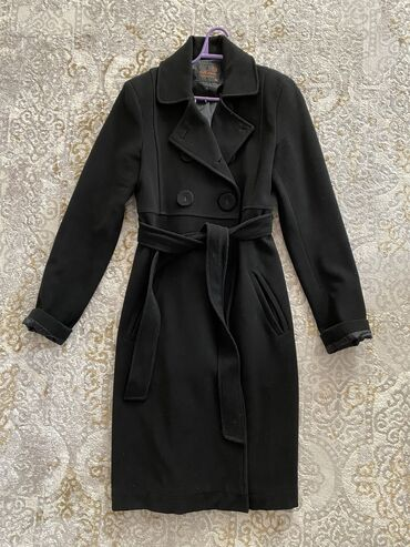 ������������ �������������� �� �������������� в Кыргызстан: Продаю пальто. Кашемир. Турция. Размер: М на 44 размер. Б/у