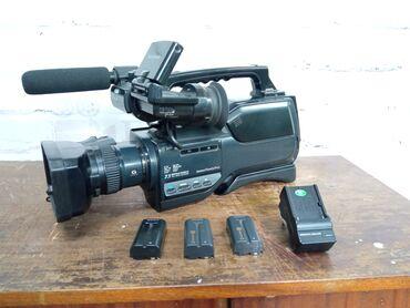 4006 объявлений: Продаётся видеокамера от Sony, хорошо снимает и работает, не было
