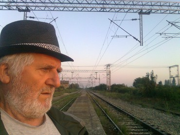 Elektro inženjer u penziji, sa velikom i raznovrsnim ranijim - Sremska Mitrovica