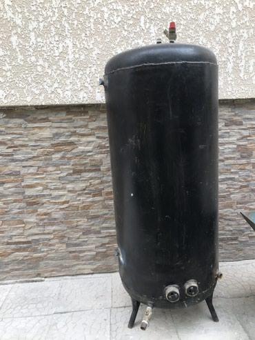 Продаю бойлер 300 литров (тен) по 1.5квт общ 3квт Состояние новоe