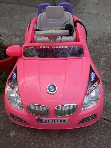Auto na akumulator - Srbija: Malo korišten u ispravnom je stanju,fali jedan retrovizor i nov