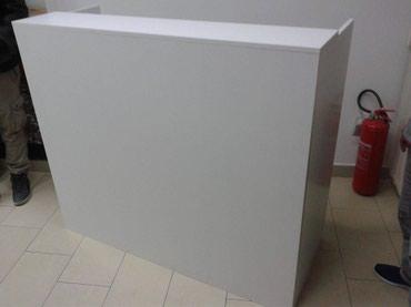 -Pult se izradjuje se od Univera debljine 18mm u beloj boji - Belgrade
