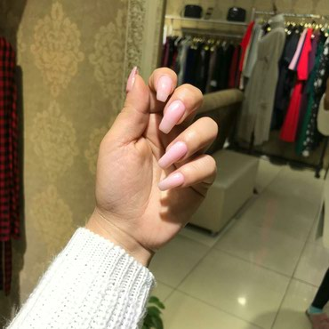 Требуется модели на наращивание ногтей  500 сом в Бишкек