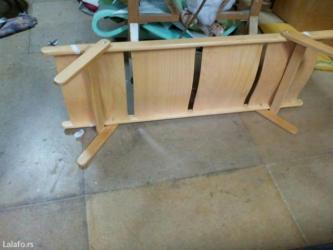 Krevet drveni. Duzina 140cm,širina 48cm, visina nogica 27cm nogice - Pancevo