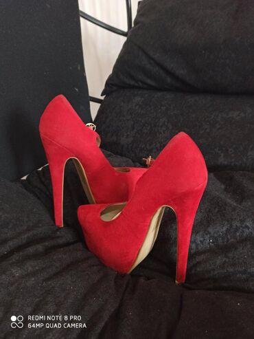Crvene cipele na štiklu, NOVE, visina štikle 15cm