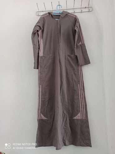 Продаётся спортивное платье. Размер 46-48 в хорошем состоянии