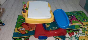 Decije patike - Senta: Deciji stolic sa klupom,izuzetno praktican i funkcionalan.Moze se