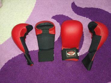 Перчатки - Бишкек: Перчатки для каратэ и таэквондо, 2 пары по 400 сом, почти новые. Тел