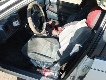 Mazda 626 1.8 л. 1986 | 8888 км