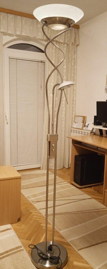 Lampa, visina oko 2m,sa dva potenciometra i dva sijalična mesta od 10w