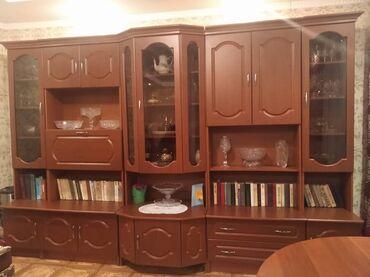 Гарнитуры - Балыкчы: Стенка для гостиной, в хорошем состоянии Использован очень аккуратно