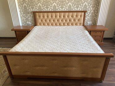 спальные кровати с матрасами в Кыргызстан: Продается мебель (комплект) Кровать двуспальная с матрасом (190•190);