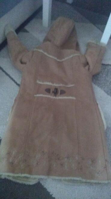 Dečija odeća i obuća - Prokuplje: Kaputic velicina 9-11 iz inostranstva bez ostecenja jedino mu je