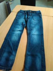 Dečije Farmerke i Pantalone | Batajnica: Vrlo kvalitetne farmerice za decaka broj 10 ili 140 cm u savrsenom