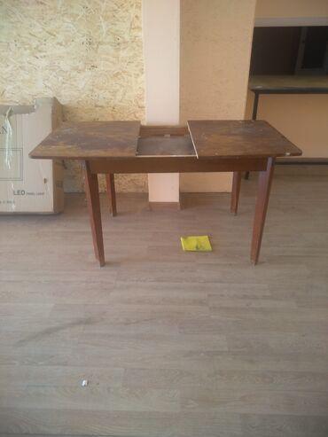 Продаю стол в хорошем состоянии 1000