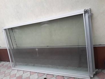 Раздвижные стеклянные двери и перегородки. Размер 2,56 х 1,46 м
