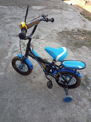 Детский велосипед на 3-5лет,купили сыну,катался пару раз и не