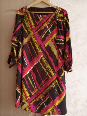 Женская одежда - Кыргызстан: Платье. Полиэстер. Надевала всего 1 раз. Покупала в два раза дороже