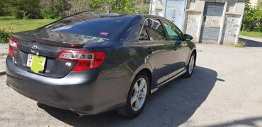 Toyota Camry 2.5 л. 2012   100000 км