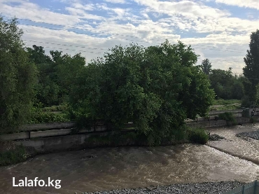 Гостиница в центре На речке! Шум воды! АлаТВ и вай фай. Hd. в Бишкек