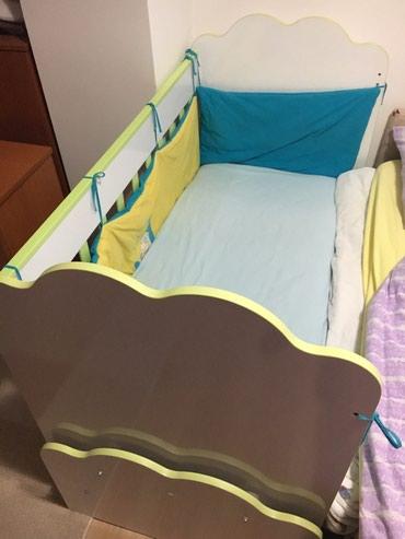 Krevetac je bez ikakvih ostecenja, ima mogucnost luljanja kao kolevka - Nova Varos