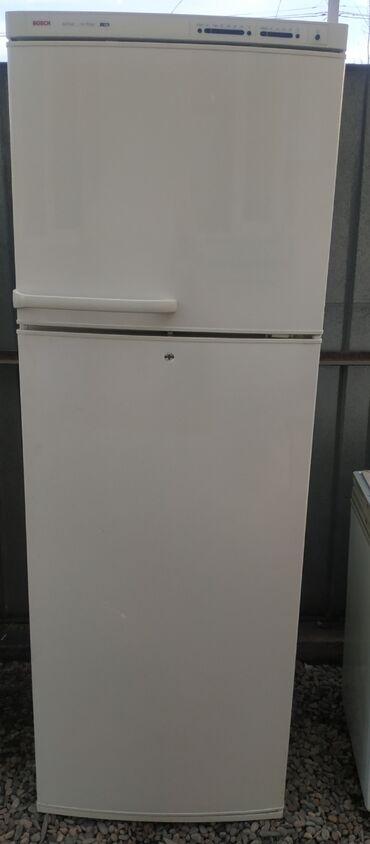 кофеварки bosch в Кыргызстан: Б/у Двухкамерный Белый холодильник Bosch
